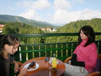 Viennese coffee house Cosmos - Grand Hotel Murgavets****